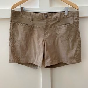 "athleta quick dry 5"" dipper shorts"